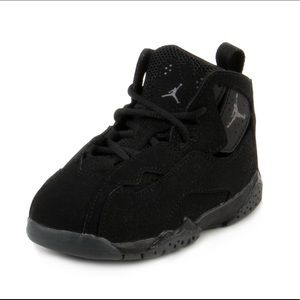 Jordan true flight BT black shoes toddler 6
